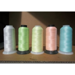 Phosphorescent sewing thread